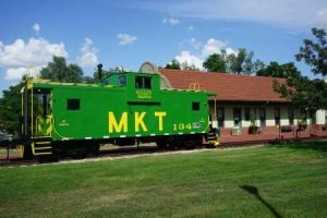 MKT caboose in Boonville