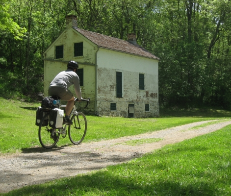 Canal Quarters, C&O Towpath