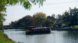 Erie Canalway, canal boat