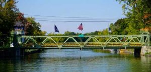 Holley canal bridge