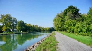 Erie Canal, Holley