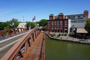 Erie Canal port bridge